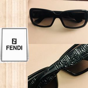 Black FENDI monogram unisex sunglasses